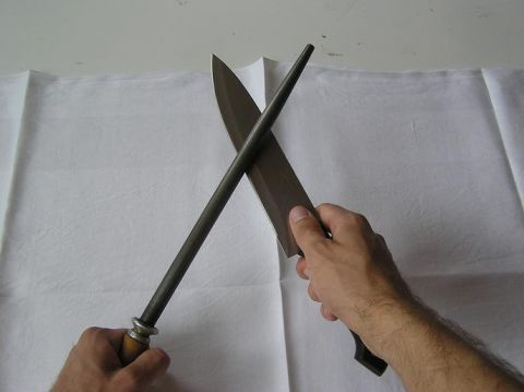 Obtahování nože ocílkou - druhá strana